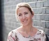 Rachael Johns -- Lisa Jewell